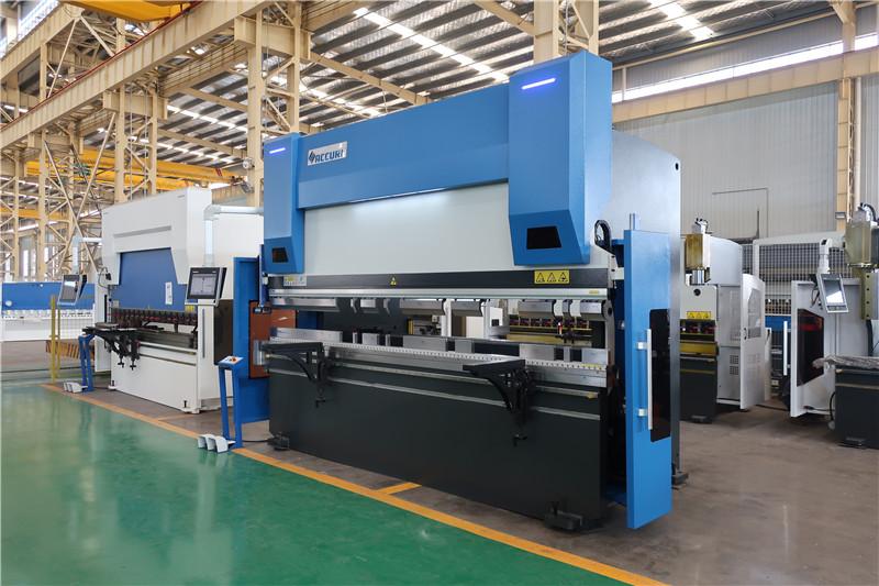 ACCURL CNCプレスブレーキDA58T 4axis 4000mm