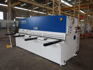 高い切断精度QC12Y 4x2500板金剪断機鋼板油圧剪断機